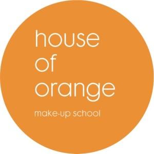 logo HOO makeup school