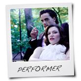 Polaroid_performerschuinTITEL